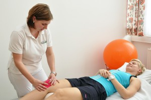 behandlare löparknä patient